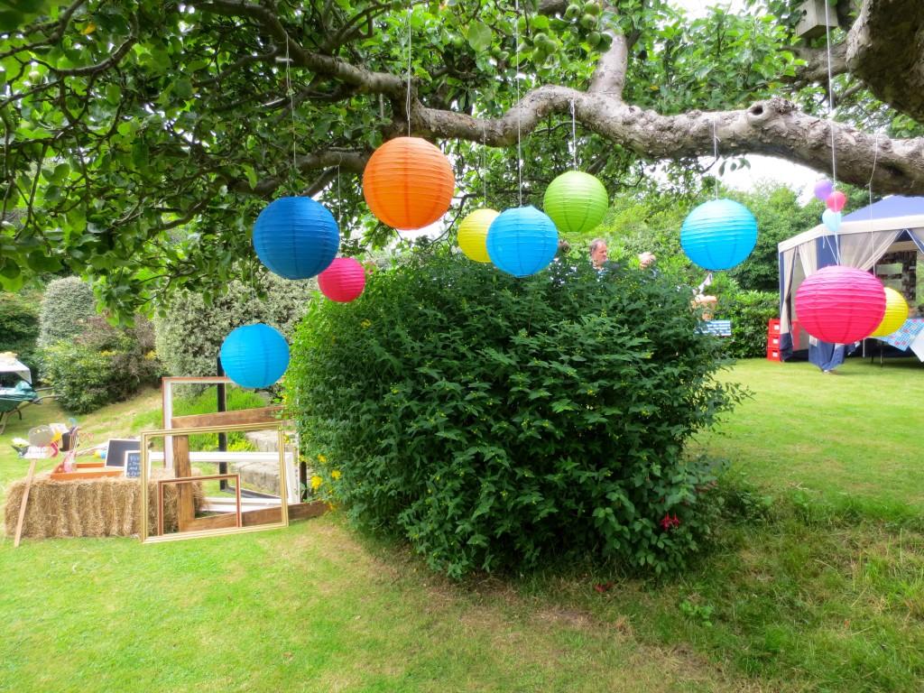 Photo Booth Tree