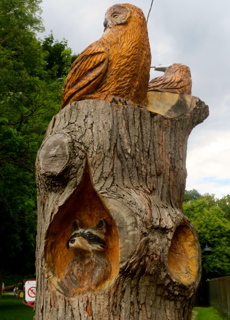 Wood carvings at Riverdale Farm